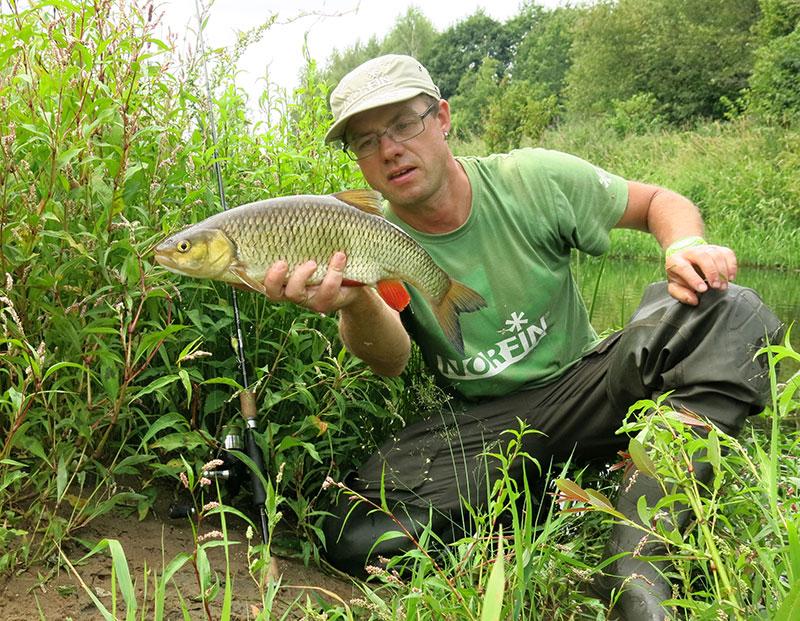 Рыбалка на голавлевой речке_4.jpg